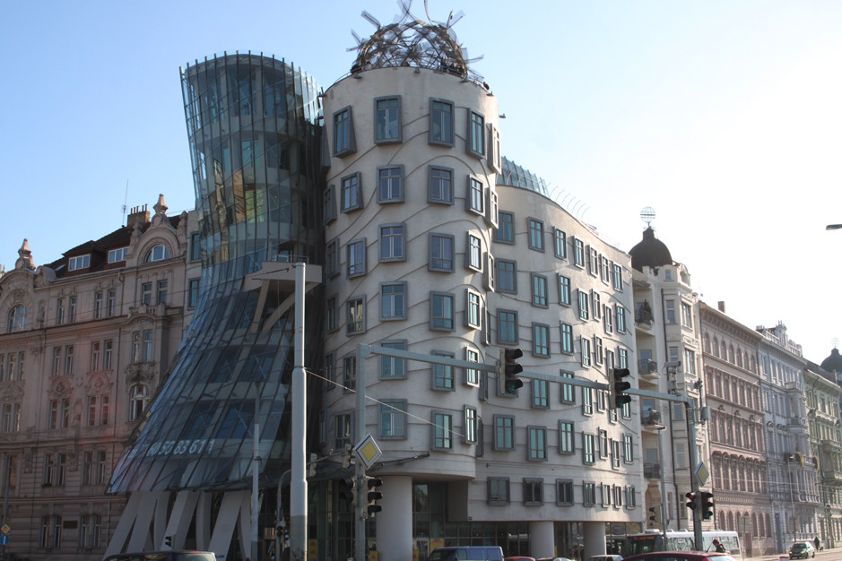 Dancing house - Les maisons dansantes - Prague