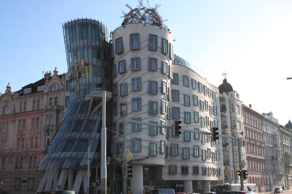 Dancing house - Les maisons dansantes - Prague
