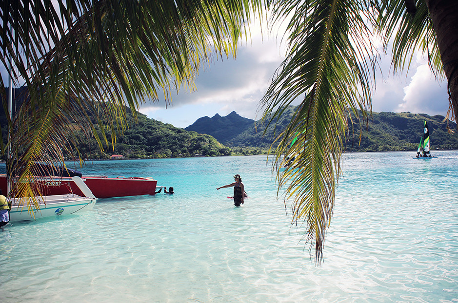 private motu in Huahine