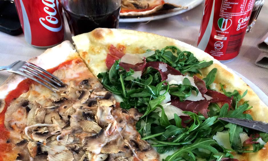 Naumachia pizzeria