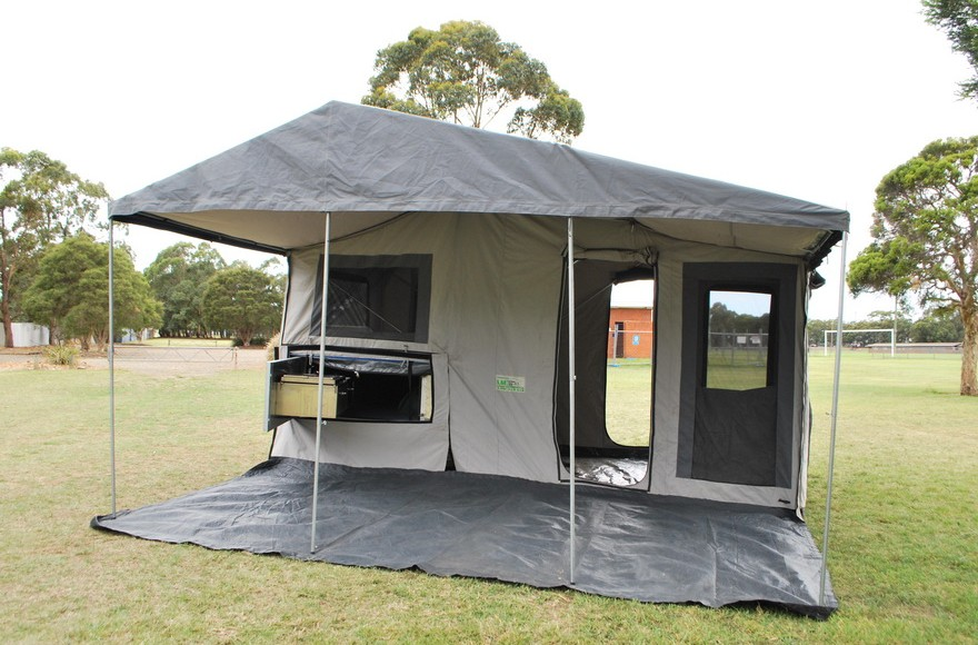 5tent kitchen side