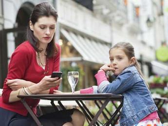 """Teknoloji Çocukları """"Cep telefonu olmak isterdim"""""""