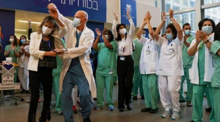 Israeli Doctors and Nurses celebrating
