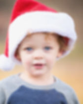 December Photoshoots in Connecticut. Outdoor or Indoor family photography, offered all december long. Photographer for holiday activites, parties and events