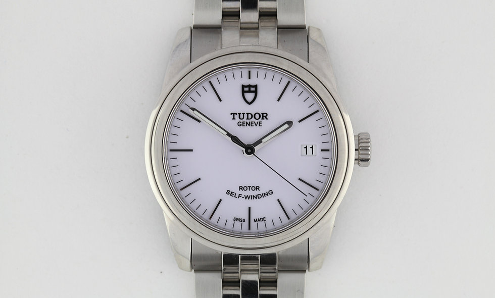 Tudor Glamour 55000 Box Papers Near New