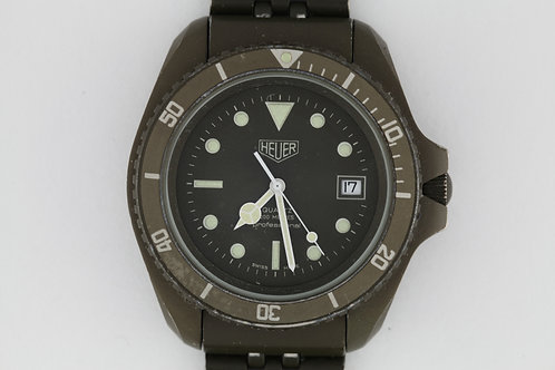 Heuer Professional 200m Olive PVD