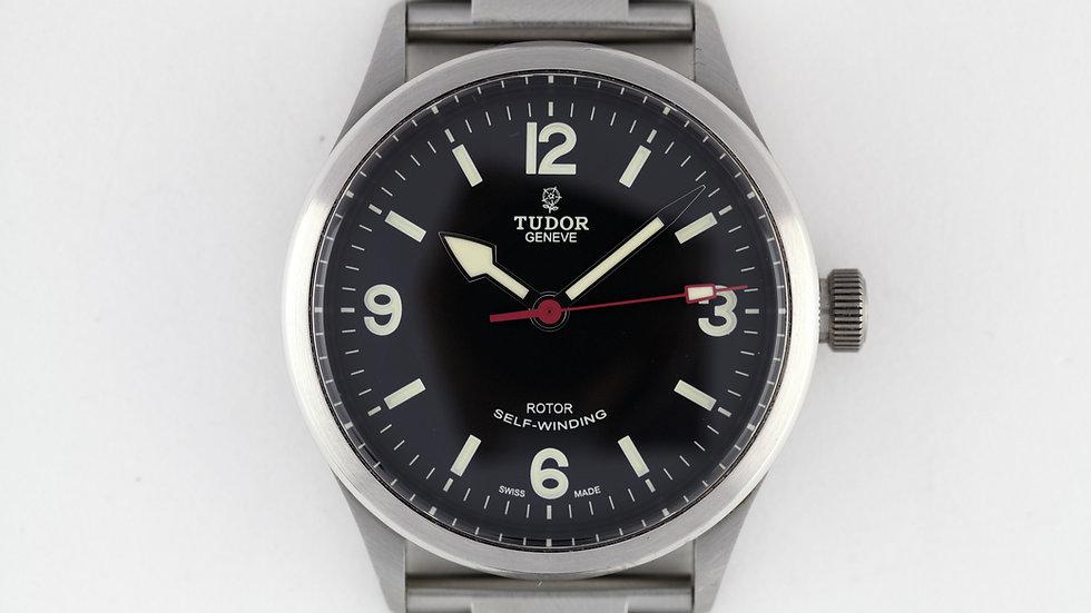 Tudor Ranger 79910 Box Manual