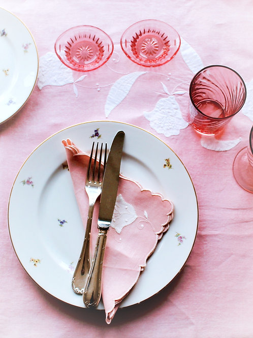 Think Pink Tablescape