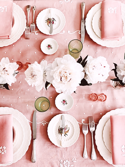 Blush Tablescape for up to 12