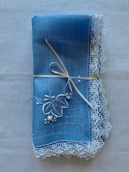 L'Heure Bleu Lace Border Napkins, pair