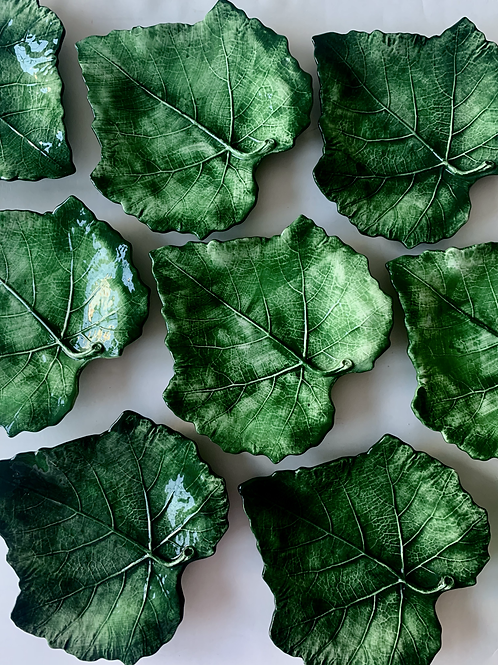 Vietri Leaf Plates