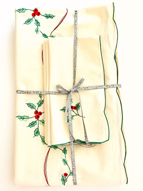 Vintage Holly Berries Tablecloth and Napkin Set