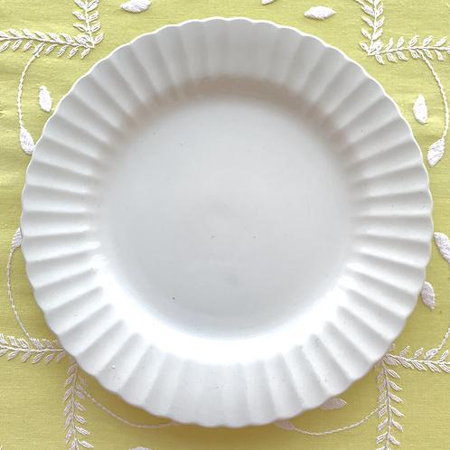Set of 4 White Ironstone Scallop Edge Dinner Plates
