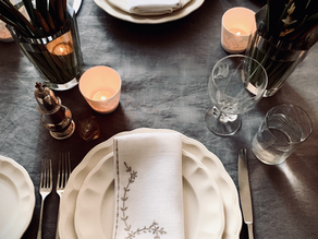 How to make a simple Tablescape with Vintage   Linens