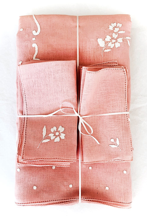 Blush Dot and Flower Tablecloth and Napkin Set for 12