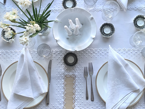How to make a Simple Tablescape  with Seasonal Flowers