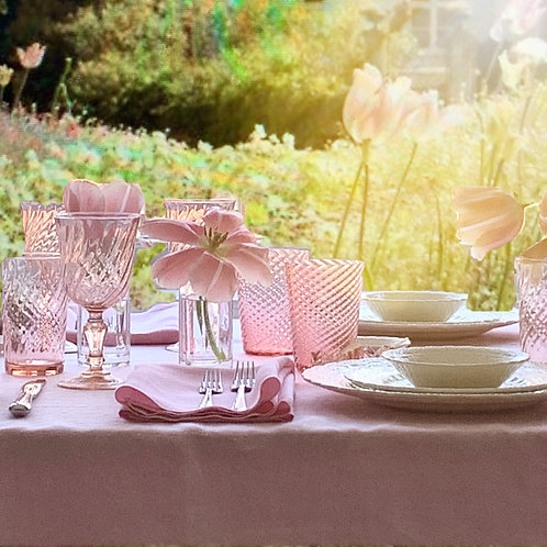 Rose Pink Swirl Large Wine Glasses