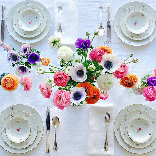 Spring Blooms Tablescape for 8