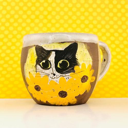 Kitty in Yellow