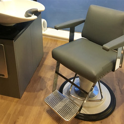 Belmont barber chair.jpg
