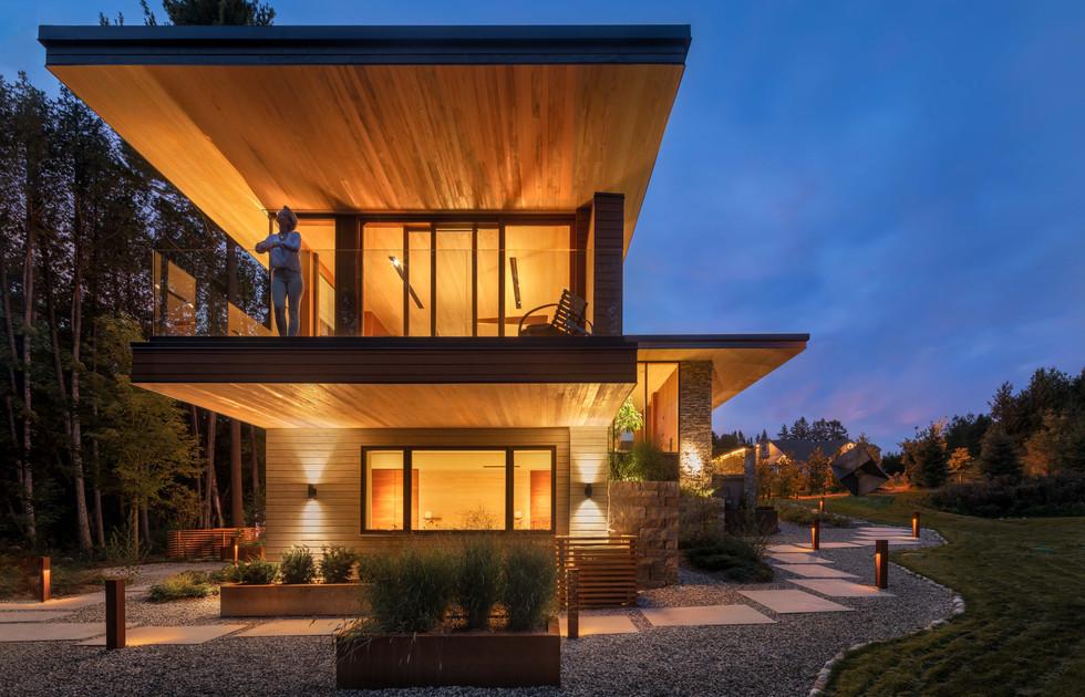 Petaluma Residence - Low Res-20.jpg