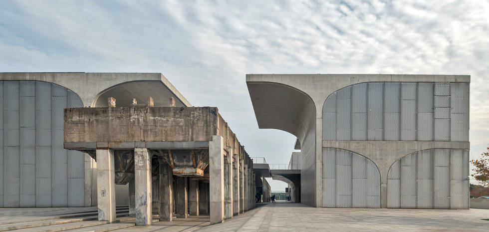Long Museum, Atelier Deshaus