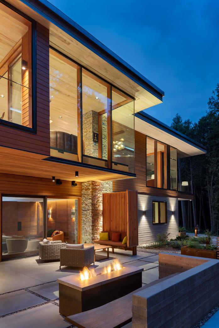 Petaluma Residence - Low Res-16.jpg