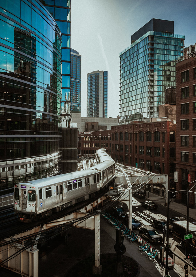 Chicago train (1 of 1).jpg