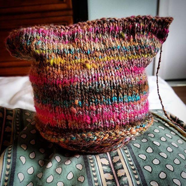 Handspun baby hat..jpg