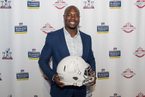 Former NFL PLayer & Food Network Star, Eddie Jackson, delivers keynote address at the Business Connect Celebration Event in Houston