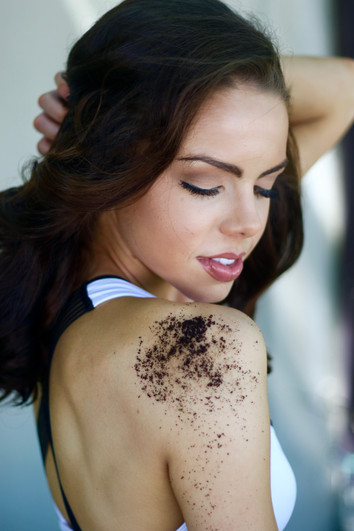 Get That Glow: Benefits of Using a Coffee Scrub