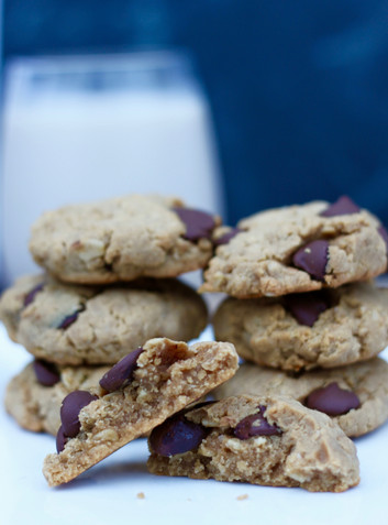 Dark Chocolate Peanut Butter Oatmeal Cookies