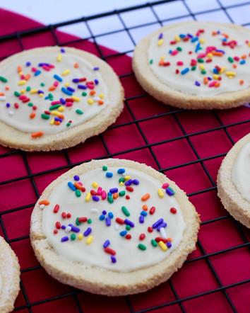 70 Calorie Frosted Funfetti Sugar Cookies