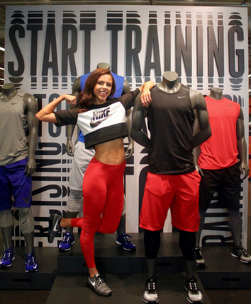 Just Do It KC: NEW Nike Store Grand Opening on the Kansas City Plaza
