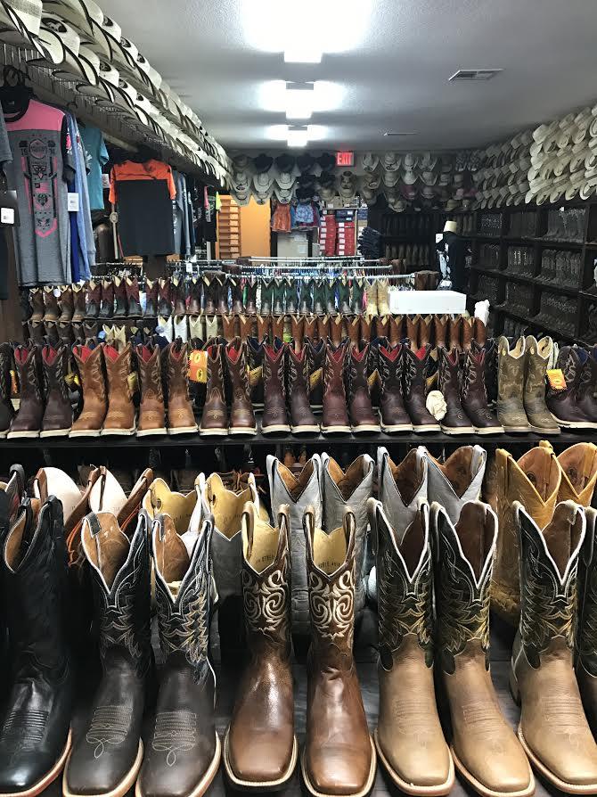 Western Wear (Ropa Para Ranchero)