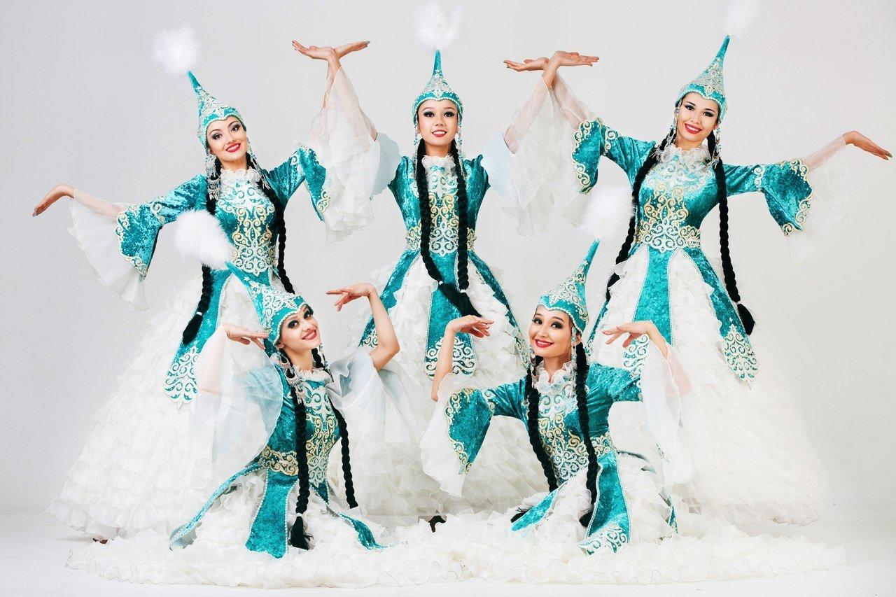 потому казахские национальные танцы картинки время прогулок