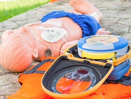 Een AED gebruiken bij kinderen