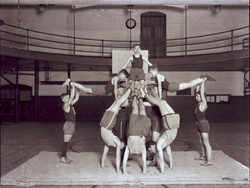 Worcester  Boy's Club, Gymnasts, Luce Ne
