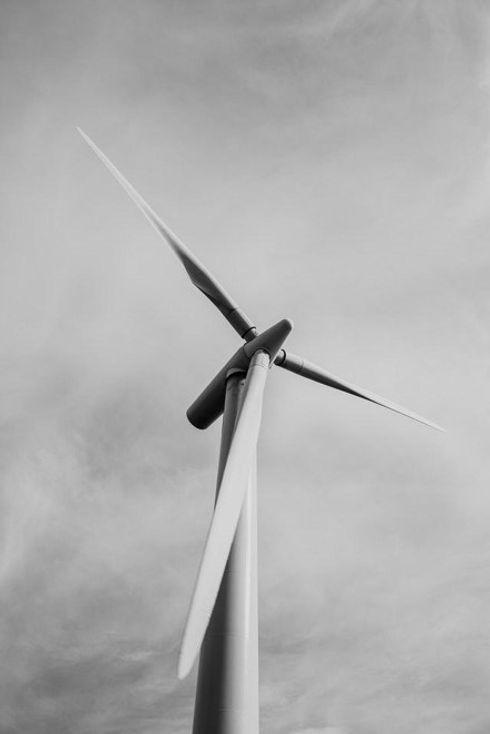 standard carbon wind turbine.jpg