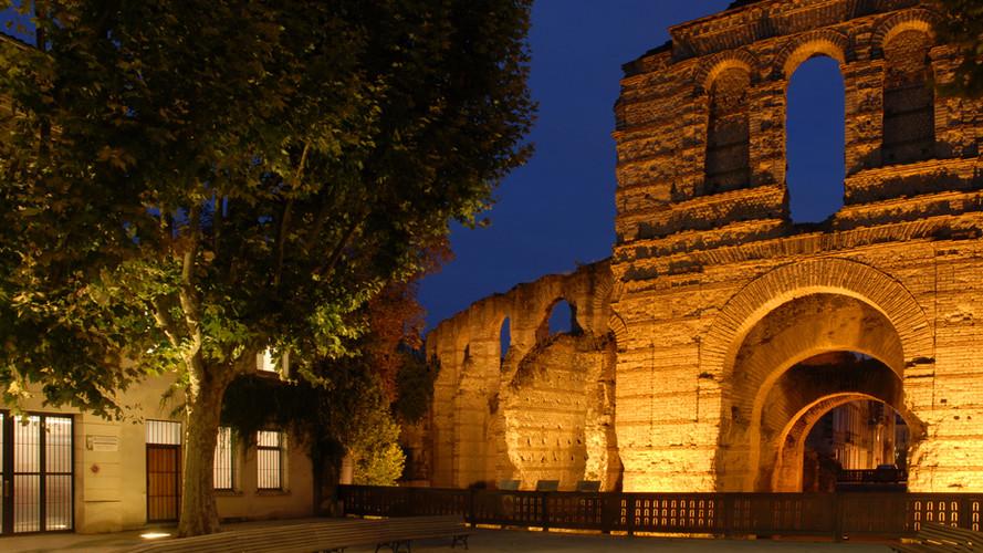 Maison contemporaine aux portes de l'amphitéâtre antique