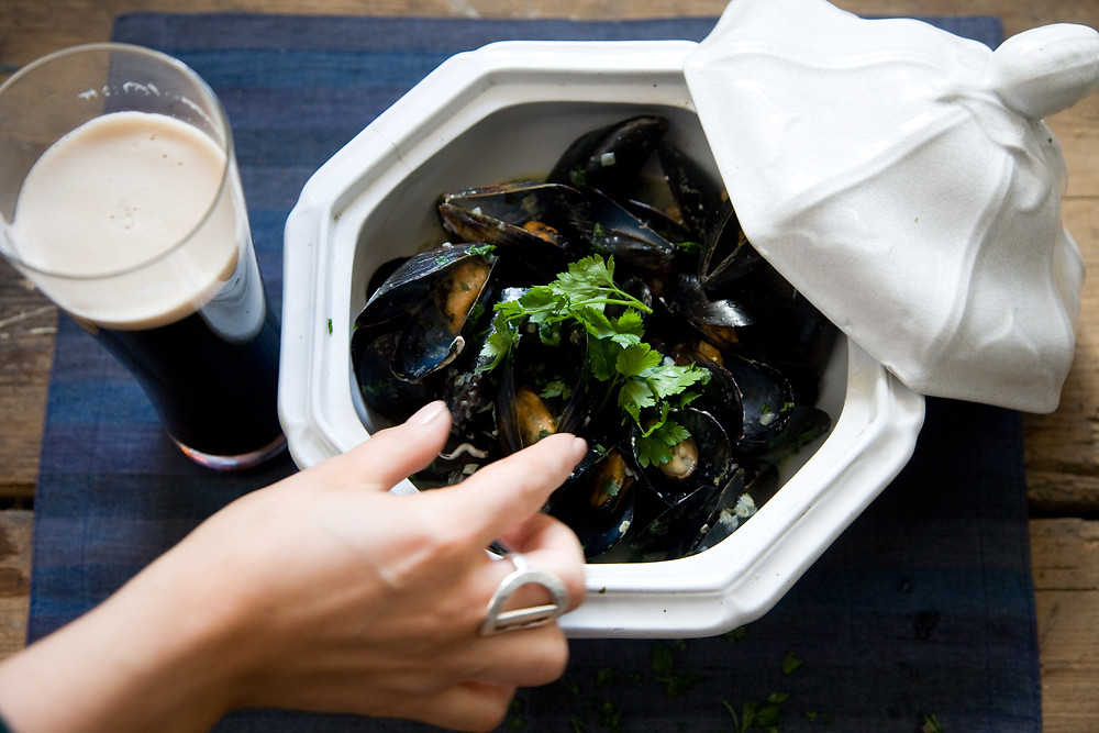 GUINNESS & STEAMED MUSSELS