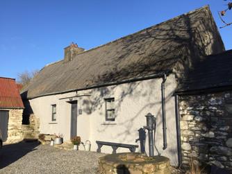 IRISH ARCHITECTURE & BALLILOGUE
