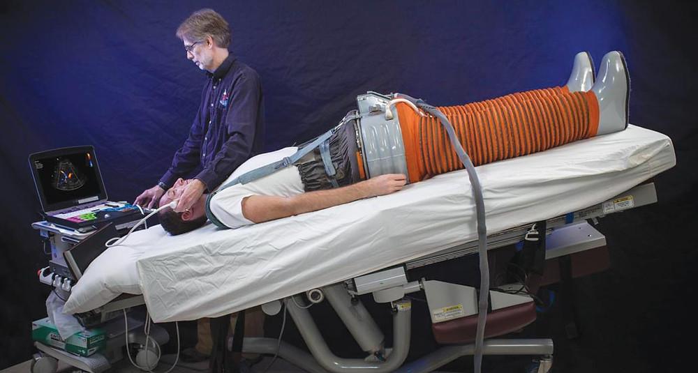 Камера отрицательного давления на нижнюю часть тела