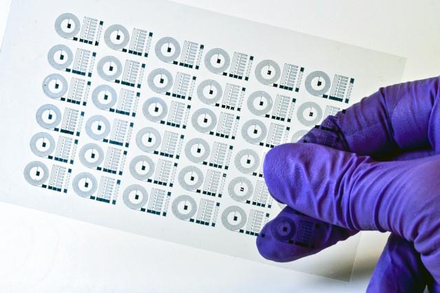 Ученые напечатали на 3D принтере гибкие нейронные импланты