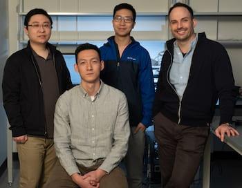Ученые из университета Райса, создавшие нейронный имплант