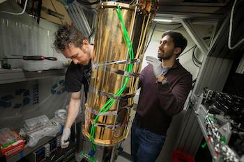 Михаил Лукин и коллеги работают над созданием квантового ретранслятора
