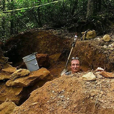 John Siefke digging at Emerald Hollow Mine