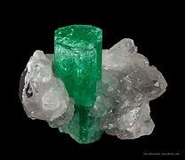 TUC10-326_IMG_2731-emerald-crystal-colom
