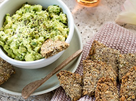 Seed Crackers and Guacamole | Snack