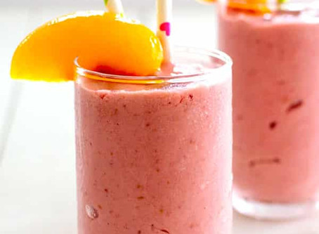Peach, Flax, and Raspberry Smoothie | Breakfast